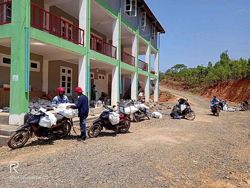 Loading motorbikes