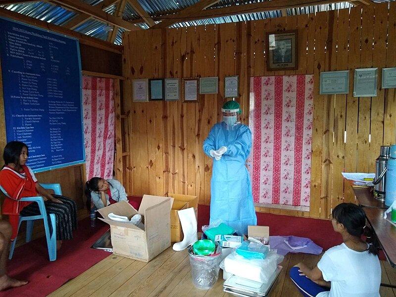 Demonstrating use of full PPE